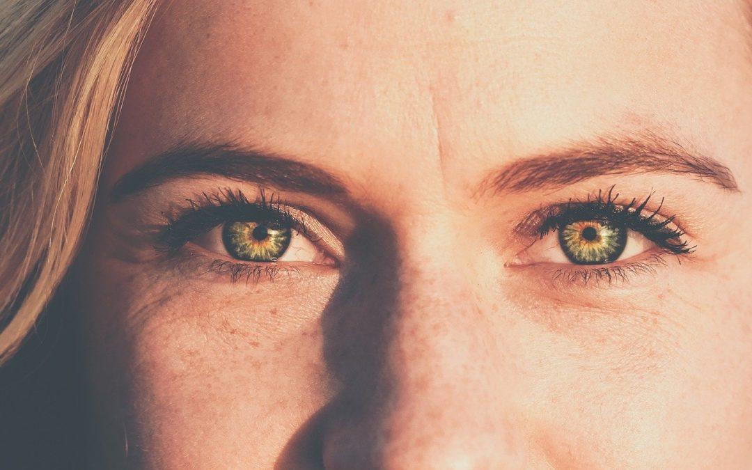 Das 1×1 der Augenpflege